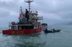 Quảng Nam: Tàu vận tải bị thủng khoang máy, 10 thuyền viên được cứu kịp thời