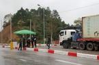 """Hơn 300 xe nông sản đang """"nằm dài"""" ở cửa khẩu Lạng Sơn"""