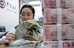 """Ngân hàng Trung Quốc cho vay ồ ạt: Tiền """"ngập mặt"""" có đủ cứu nền kinh tế?"""