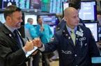 FED cam kết duy trì lãi suất 0%, Dow Jones tăng 530 điểm