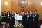 Tập đoàn TH trao tặng 1 triệu ly sữa cho lực lượng phòng chống dịch Covid-19