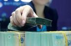 Lãi suất tiết kiệm giảm, nên gửi tiền vào đâu?