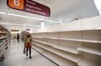 Hàng loạt siêu thị, tạp hóa ở Anh hết sạch hàng hóa do dịch Covid-19