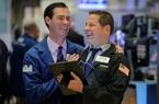 Dow Jones bật tăng 460 điểm, nhà đầu tư kỳ vọng kinh tế Mỹ phục hồi mạnh