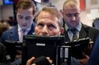 Dow Jones bay 650 điểm khi số ca nhiễm mới Covid-19 ở Mỹ tăng kỷ lục