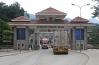 Cửa khẩu nhộn nhịp, hàng trăm nghìn tấn nông sản xuất khẩu sang Trung Quốc
