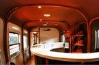 Toa tàu trang bị quầy bar, phòng massage cho khách khám phá Việt Nam