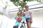 Tròn mắt với những chùm nho sai trĩu được trồng trên sân thượng 11m2