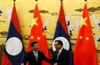 """Vay tiền Trung Quốc xây hàng trăm con đập, Lào """"còng lưng cõng nợ"""" sau dịch Covid-19"""