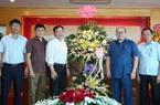 Chủ tịch Hội Nông dân Việt Nam ấn tượng với 1.001 cách làm giàu Dân Việt giới thiệu