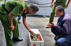 Nóng: Công an Đà Lạt thu giữ hàng trăm thùng dâu tây nhập từ Trung Quốc, 22 ngày vẫn tươi