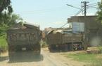 """Bình Định: """"Hung thần"""" xe tải... """"phá nát"""" đường"""