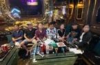 """Nhiều nam, nữ """"bay"""" trong quán karaoke ở Sài Gòn"""