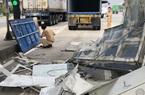 Không đóng cửa thùng hàng, xe container quật đổ cabin trạm thu phí