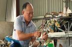 Nông dân Thái Bình chế tạo máy cấy lúa được bà con mê hơn hàng ngoại