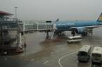 Khẩn cấp đóng cửa một số sân bay do bão số 7