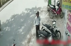 Người đàn ông bị trộm xe máy khi vừa quay đi