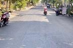 Vụ đường bê tông vẫn tốt, chính quyền cho thảm nhựa chồng lên: Đi qua nhà một lãnh đạo huyện