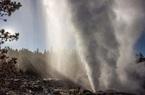 Phát hiện mạch nước ngầm phun trào cao nhất thế giới tại Yellowstone