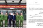 Khách nước ngoài cảm ơn công an Hà Nội sau khi nhận lại tài sản bị chiếm đoạt