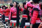 """Kì lạ với phong tục của những """"nàng công chúa tóc mây"""" ở Trung Quốc"""