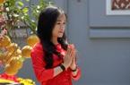 Giới trẻ tấp nập đi chùa Hà cầu duyên, cầu tài lộc ngày Lễ tình nhân