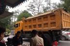 Nghệ An: Sau Tết, xe quá khổ, quá tải tung hoành trong phố cấm