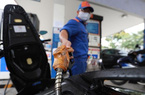 TIN HOT: Giá xăng tăng lên cao nhất trong vòng 1 năm trở lại đây