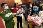 """""""Mẹ mìn"""" buôn bán 3 trẻ sơ sinh sang Trung Quốc đối diện với hình phạt nào?"""