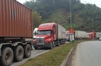 Cận Tết Nguyên đán, xuất nhập khẩu qua Lào Cai tăng mạnh