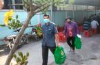 Những phần quà Xuân nghĩa tình đến tay bà con nông dân nghèo đón Tết