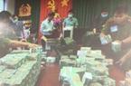 500 cảnh sát vây bắt đường dây làm xăng giả cả trăm triệu lít, thu giữ hơn 100 tỷ đồng tiền mặt