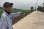Ninh Bình: Ngành điện đề nghị sớm di dời hàng chục cột điện lừng lững giữa đường