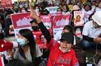 """Kinh tế Myanmar """"trọng thương"""" như thế nào sau binh biến?"""