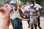 Loạt quan chức Myanmar hứng đòn từ Mỹ-EU, biểu tình  tiếp tục dâng cao