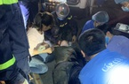 Hà Nội: Sập giàn giáo, một người đàn ông mắc kẹt trong đống đổ nát