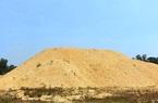 """Bình Định: """"Dẹp""""… hàng loạt bãi chứa cát mọc """"vô tội vạ"""" gây bức xúc"""