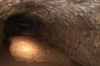 Di dời cột điện, người đàn ông phát hiện đường hầm bí ẩn từ thời trung cổ gây chấn động