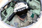 """'Siêu kính bảo hộ"""" của bộ binh Mỹ khiến giới quân sự các nước khiếp đảm khi nhìn xuyên xe bọc thép"""