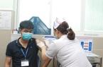 """""""TP.HCM được phân bổ vắc xin Covid-19 nhiều nhất nước, nhưng không đủ bao phủ toàn dân"""""""