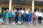 Tặng con giống, trang thiết bị trị giá 565 triệu cho dân vùng lũ TT-Huế và Quảng Trị