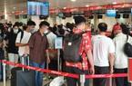 Dự kiến 100.000 người đến sân bay Tân Sơn Nhất mỗi ngày dịp lễ 30/4-1/5, ứng phó ùn tắc thế nào?