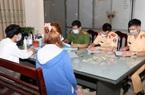 Hà Nam: Tụ tập ăn uống ở chân cầu, không đeo khẩu trang 16 nam nữ thanh niên bị xử phạt 32 triệu đồng
