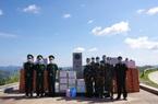 Điện Biên: Trao vật tư hỗ trợ hai tỉnh Phong Sa Ly, Luông Pra Băng chống dịch Covid-19