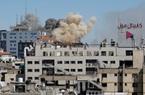 Khoảnh khắc kinh hoàng khi Israel phá hủy tòa của truyền thông quốc tế tại dải Gaza