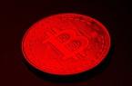 Bitcoin tiếp đà bán tháo trong đêm, nhà đầu tư chuyển hướng mua vàng
