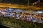 Cảnh sát vây bắt nhóm đua xe giữa mùa dịch ở khu dân cư TP.Thủ Đức
