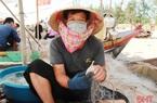 Hà Tĩnh: Dân ra biển tung lưới vài giờ kiếm tiền triệu vì bắt được nhiều con đặc sản gì?