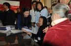 Báo NTNN và BIDV tặng quà tết người nghèo