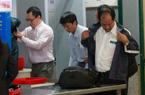Cảnh cởi áo, tháo thắt lưng, bỏ giầy... ở sân bay Nội Bài